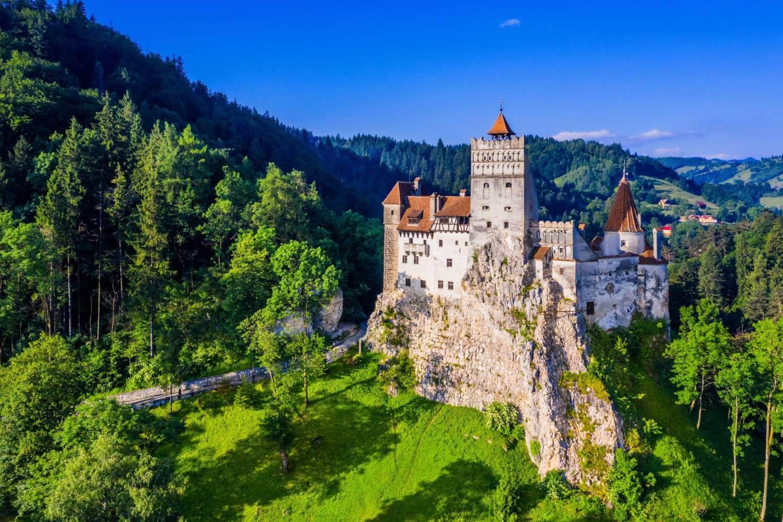 Trip to Peles Castle & Bran Dracula Castle