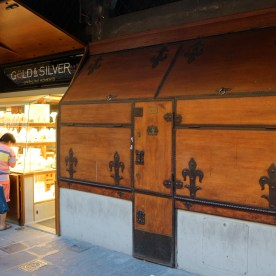 Adorable shops along the Ponte Vecchio