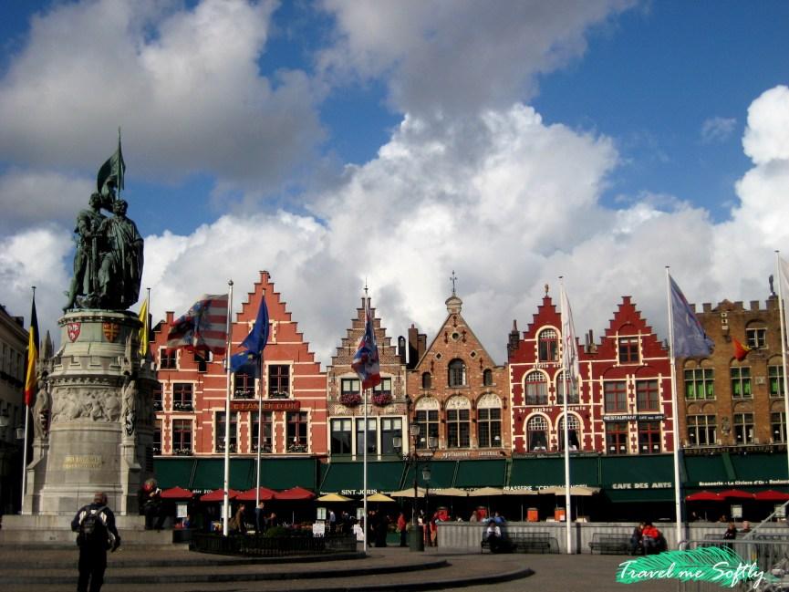 Plaza Mayor de Brujas