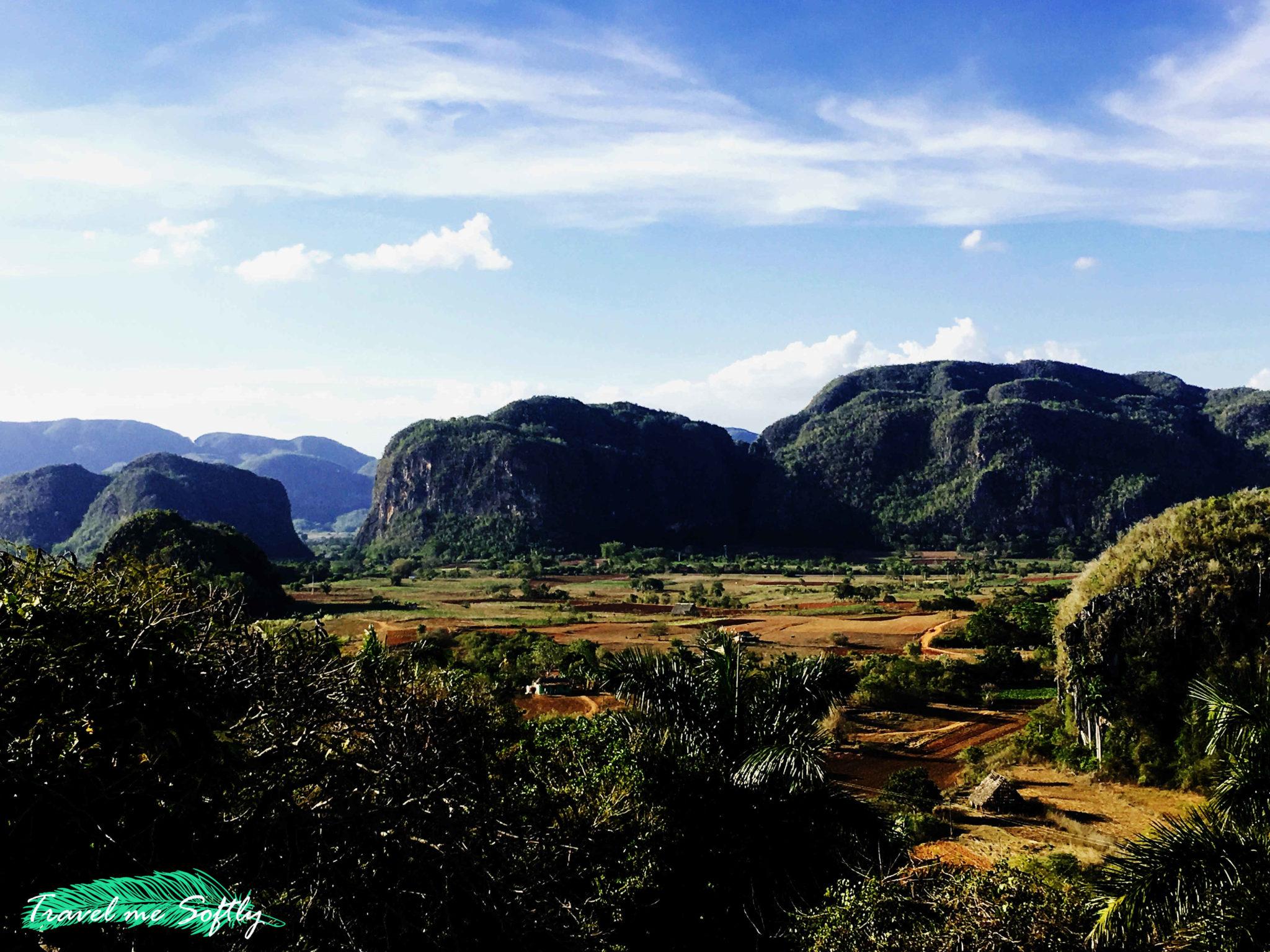 Valle de Viñales mogotes