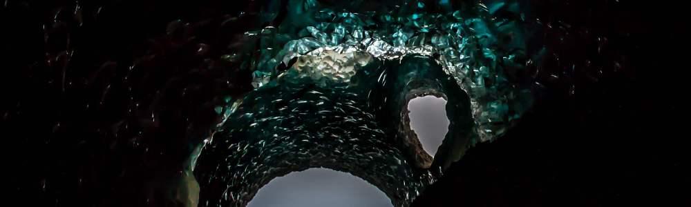 Blue Ice Cave: descubriendo maravillas glaciares con Glacier Adventure