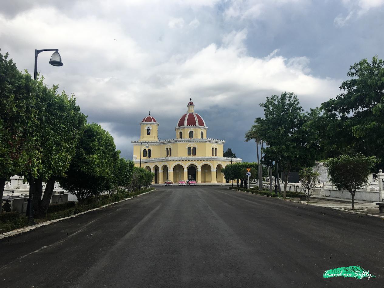 capilla central necrópolis cristóbal colón habana