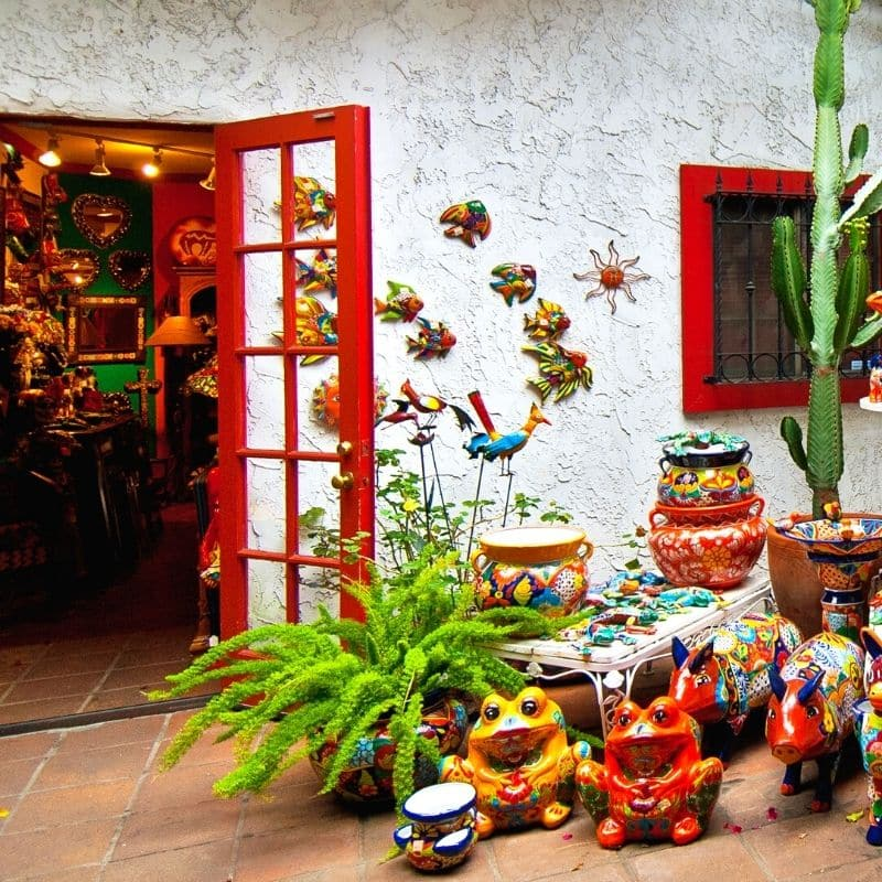 Mexican art store