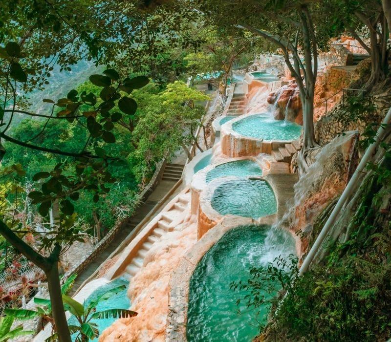 blue water and natural infinity pools - Visit Las Grutas Tolantongo