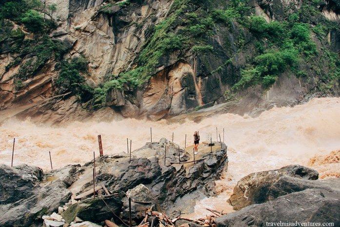 Gola-del-Salto-della-Tigre-Yunnan-Cina