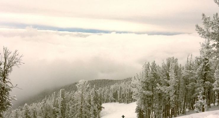 Skiing is one of the top winter activities to do in Montana
