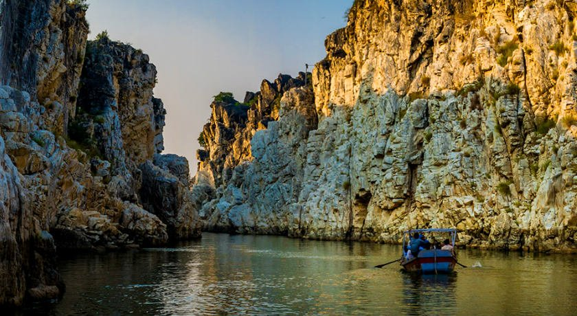 Bhedaghat Marble Rocks