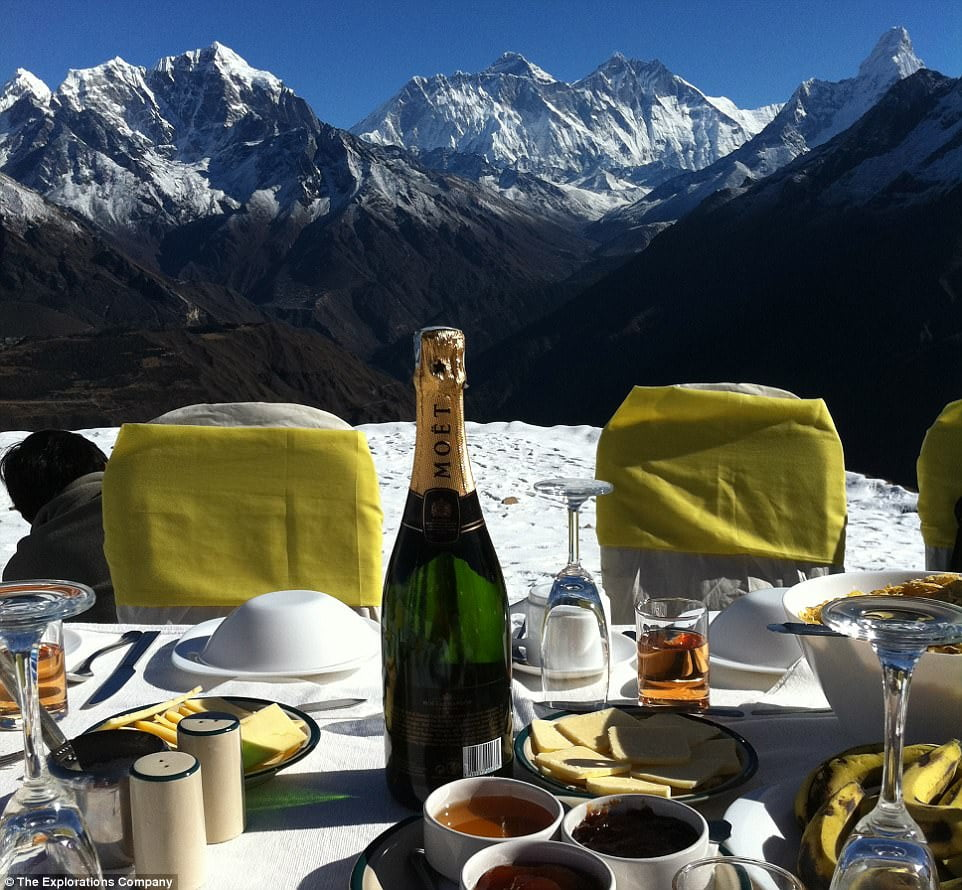 Breakfast on Everest