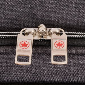 AIR CANADA 20 CARRY ON SOFTSIDE UPRIGHT SUITCASE CHARCOAL C0629 Detail