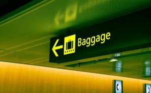 AI-powered baggage screening system