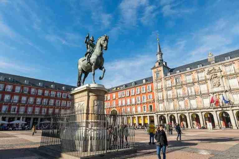 Spain reopens borders emergency ends