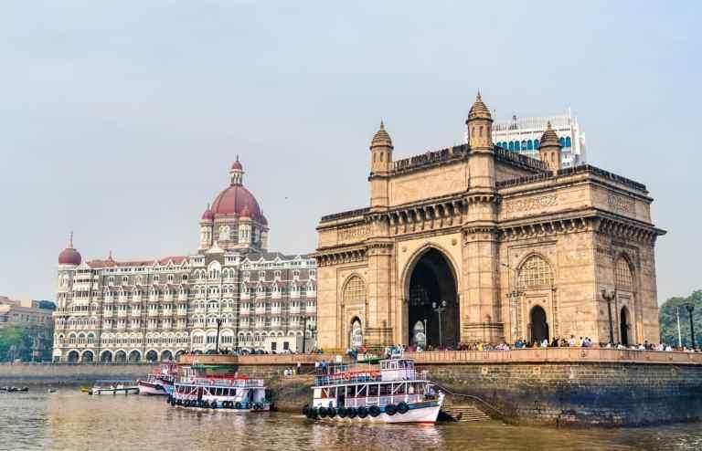 Maharashtra Govt Signs MoUs