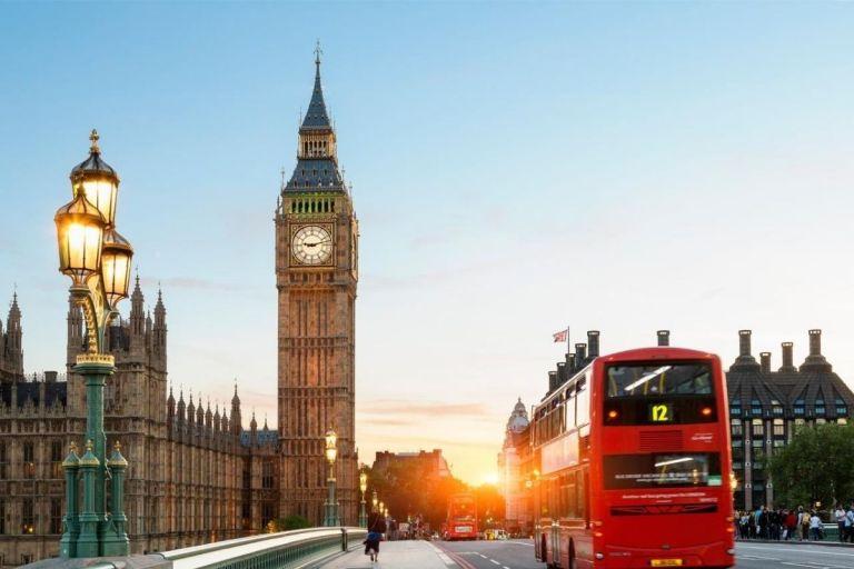 United Kingdom Start Easing Travel Restrictions