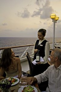 AZA_Ship_Food_Dining_Windows_Dinner_56_Jenna
