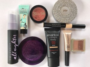 Travel Makeup Smashbox BB cream, Ubran Decay De-Slick and Porefessional Primer