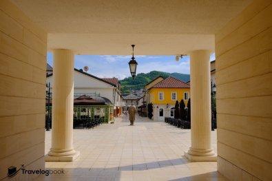 Andrićgrad 石頭城一隅。