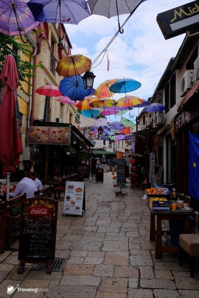 有小店有餐廳,Old Bazaar足夠你游走半天。