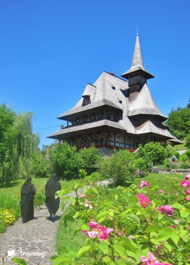 園內的修道院(Staretia)。