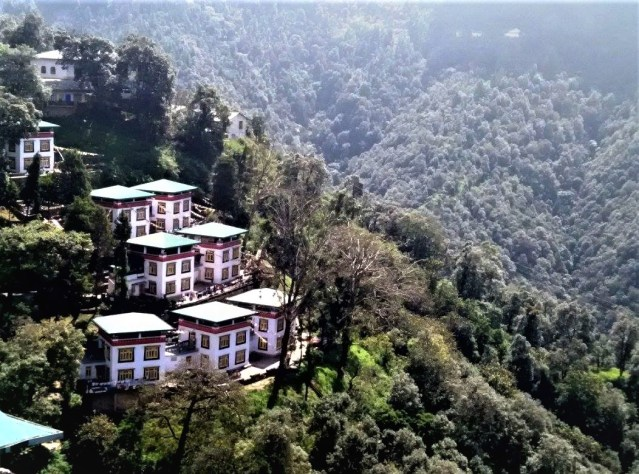 This image has an empty alt attribute; its file name is Landour-1.jpg