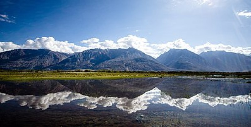This image has an empty alt attribute; its file name is 397px-Nubra_Valley_view_with_Reflection.jpg