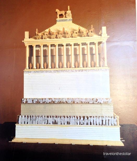 mausoleum04