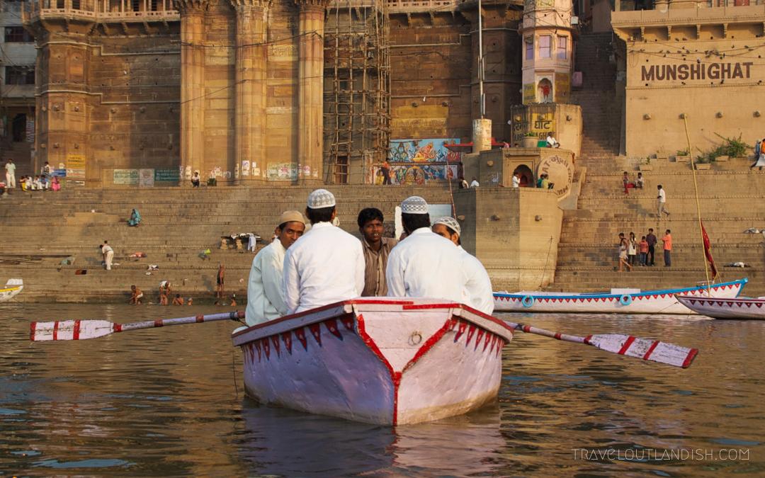 Men rowing boat on the Ganges
