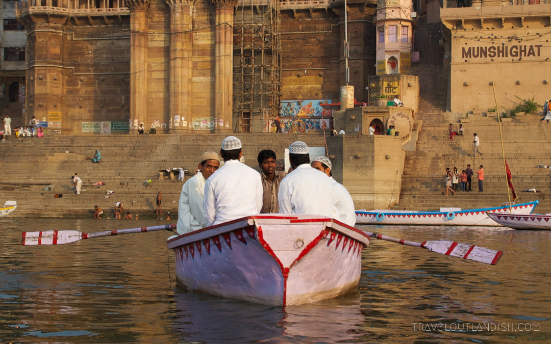 Men rowing boat on the Ganges