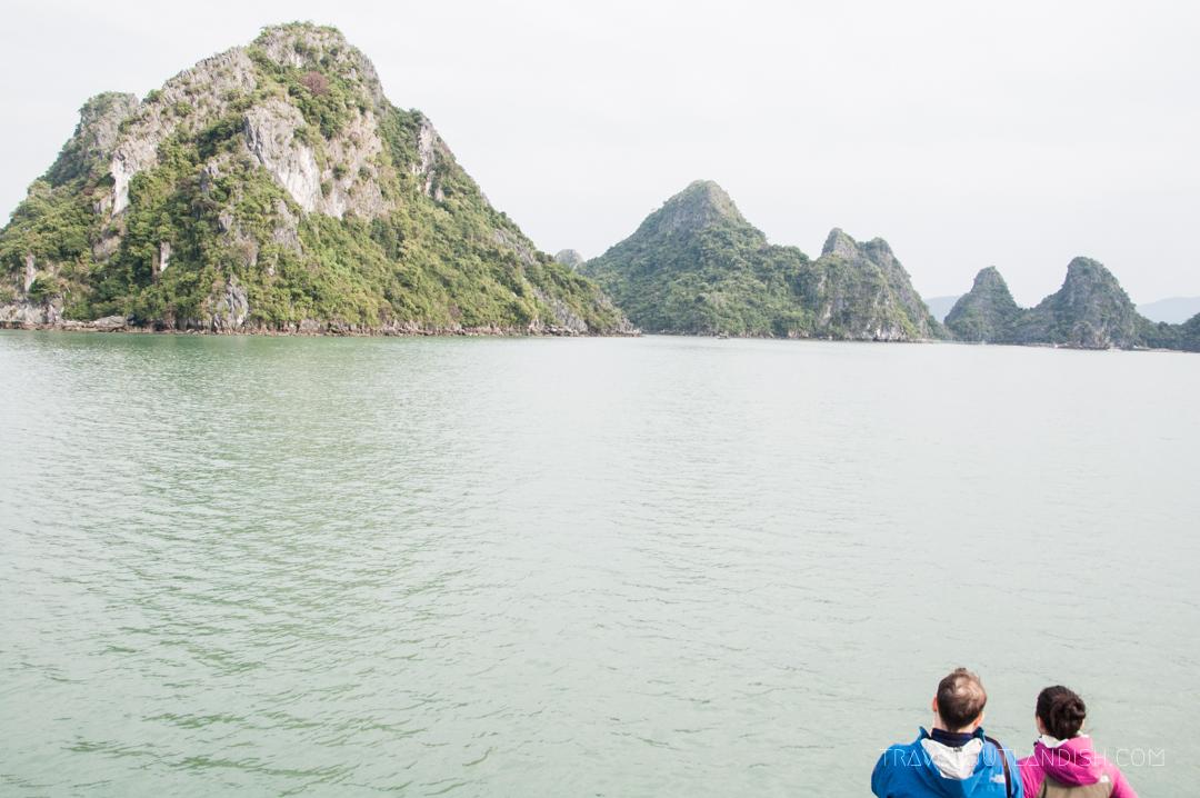Bai Tu Long Bay - A couple looking out at Bai Tu Long Bay