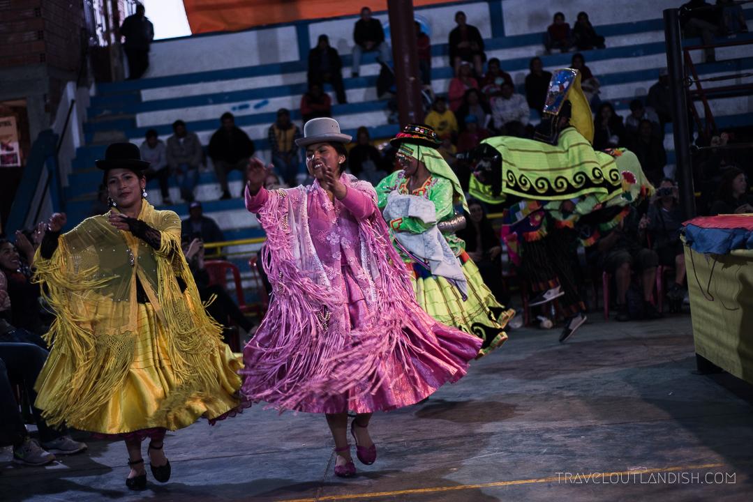 Cholitas Wrestling - A grand entrance