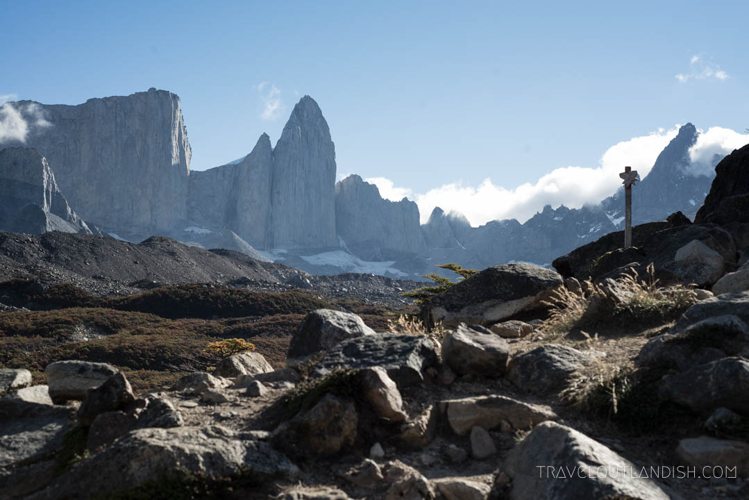 Looking at the peaks from Mirador Britanico on day 6 of the O Circuit