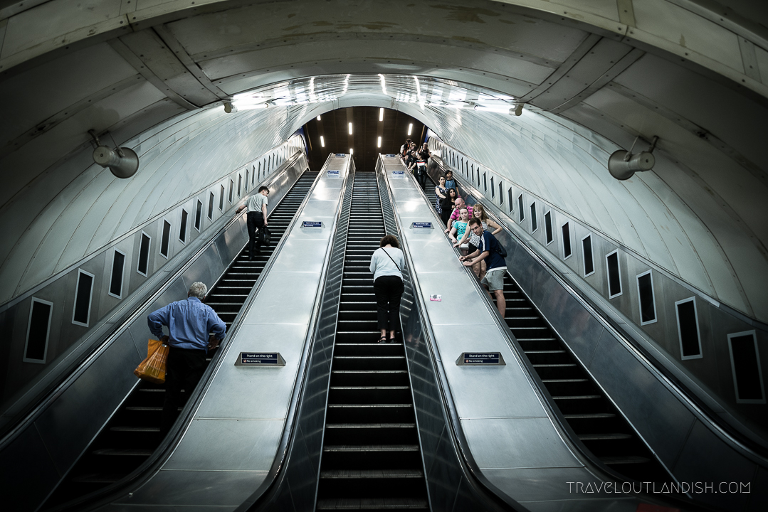 How to Use the London Underground - Escalators