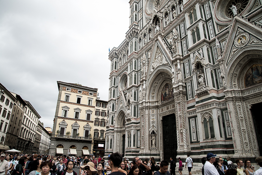 Secret Florence - Crowds at Il Duomo in Florence