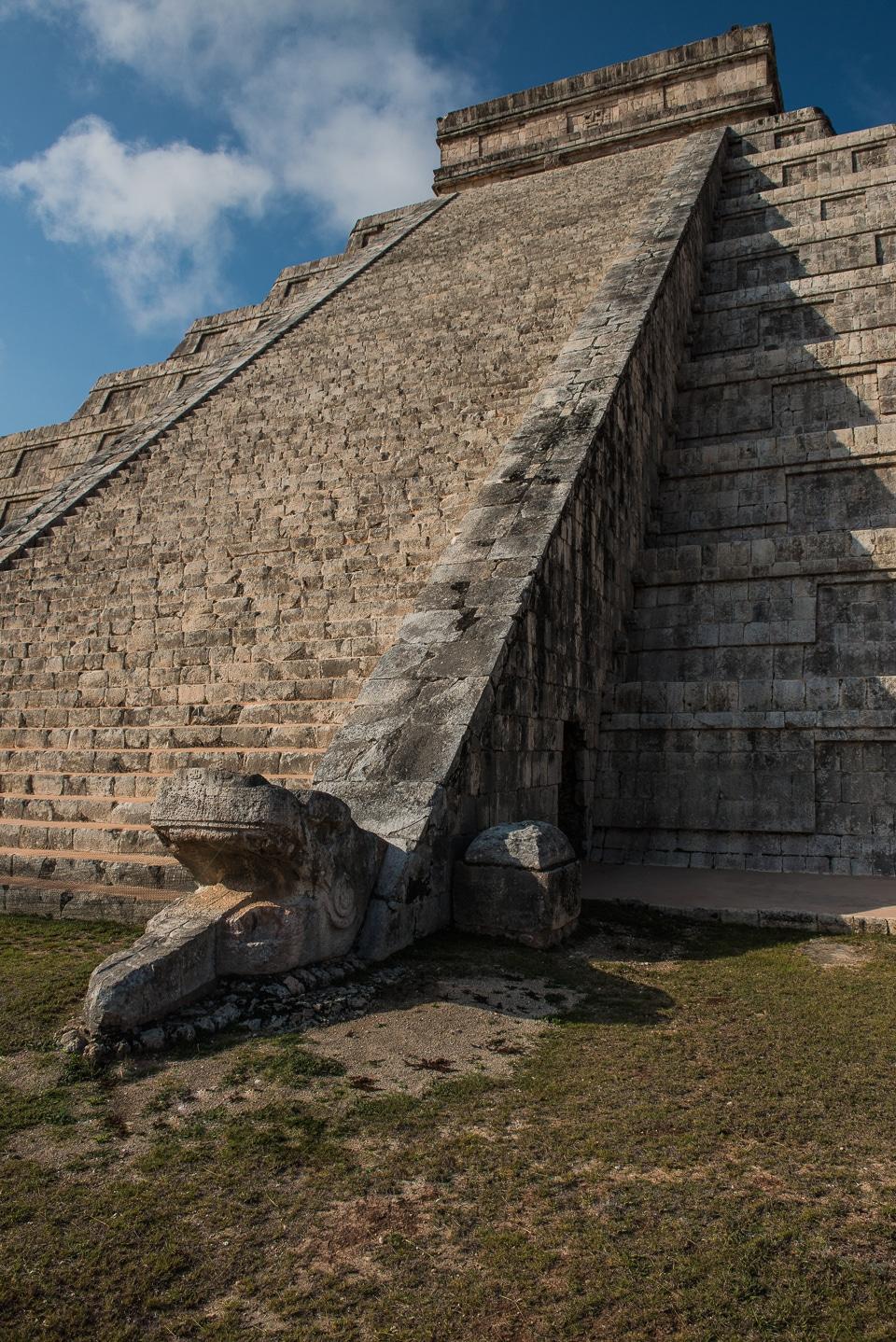 temple of kukulkán chichén itzá mexico travel past 50