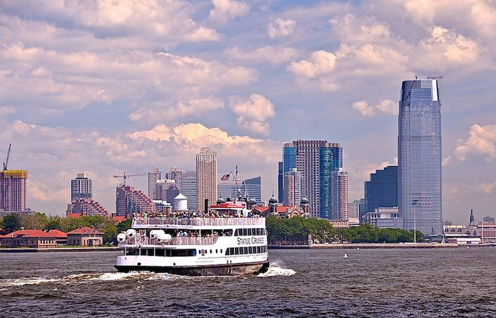 Circle Line Cruise - One World Trade Center © Len Rapoport