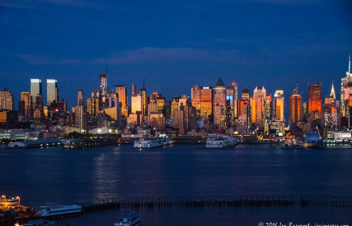 New York Skyline © Len Rapoport