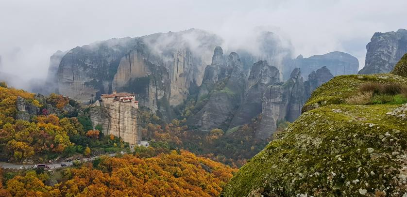 Best places to visit in Greece Number 9 - Meteora