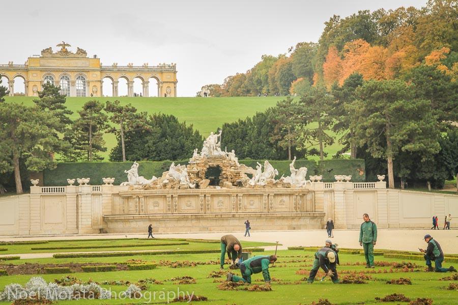 The main promenade at Schonbrunn gardens