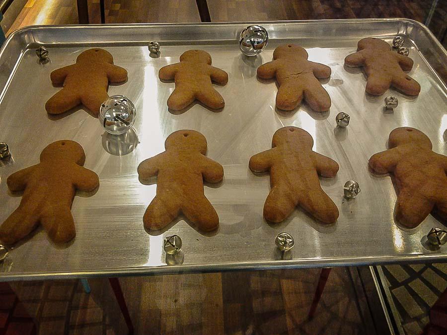 Gingerbread for sale on Chestnut Street
