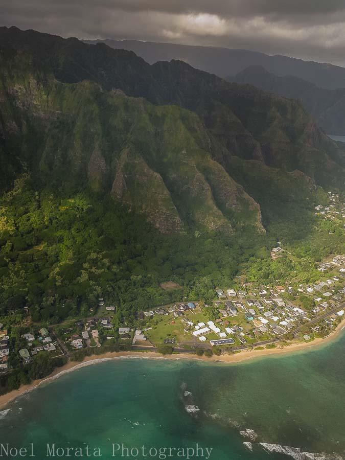Oahu's pali coastline - Helicopter ride around Oahu