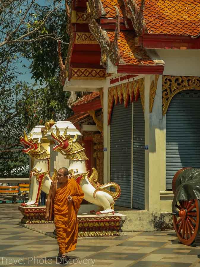 Monks and shrines at Doi Suthep