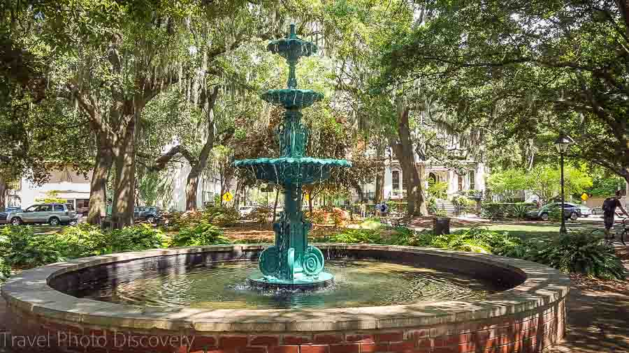 Beautiful fountains of Savannah Visit Savannah in 48 hours