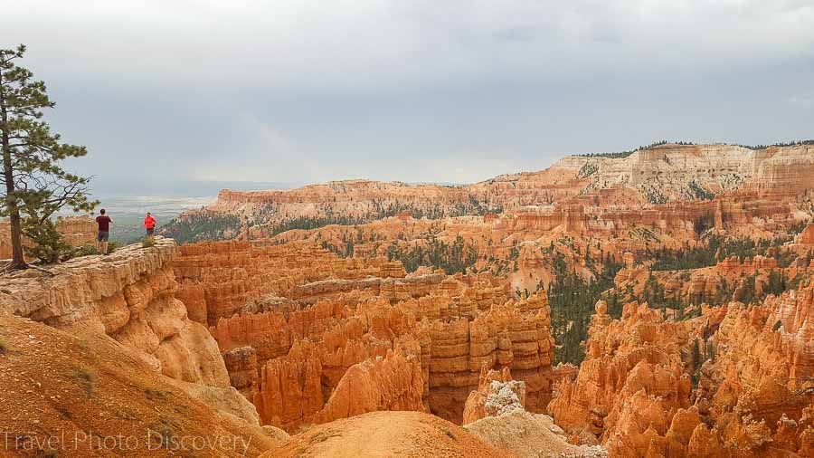 The canyon rim trail Visiting Bryce Canyon National Park