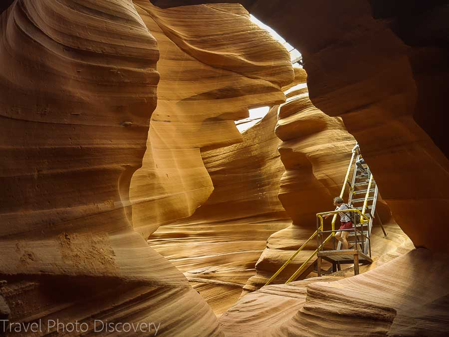 The descent and staircase at Lower Antelope Canyon Arizona
