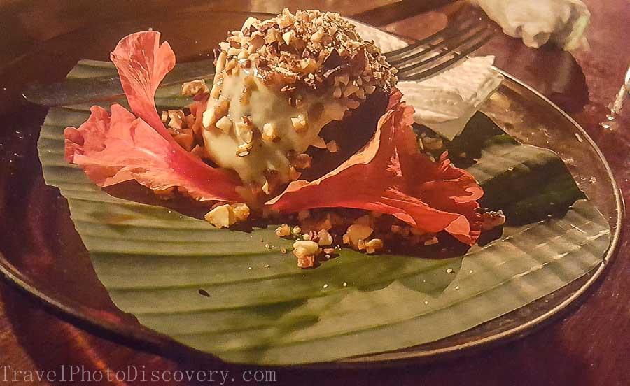 Chocolate dessert tasting at La Loma Bocas del Toro