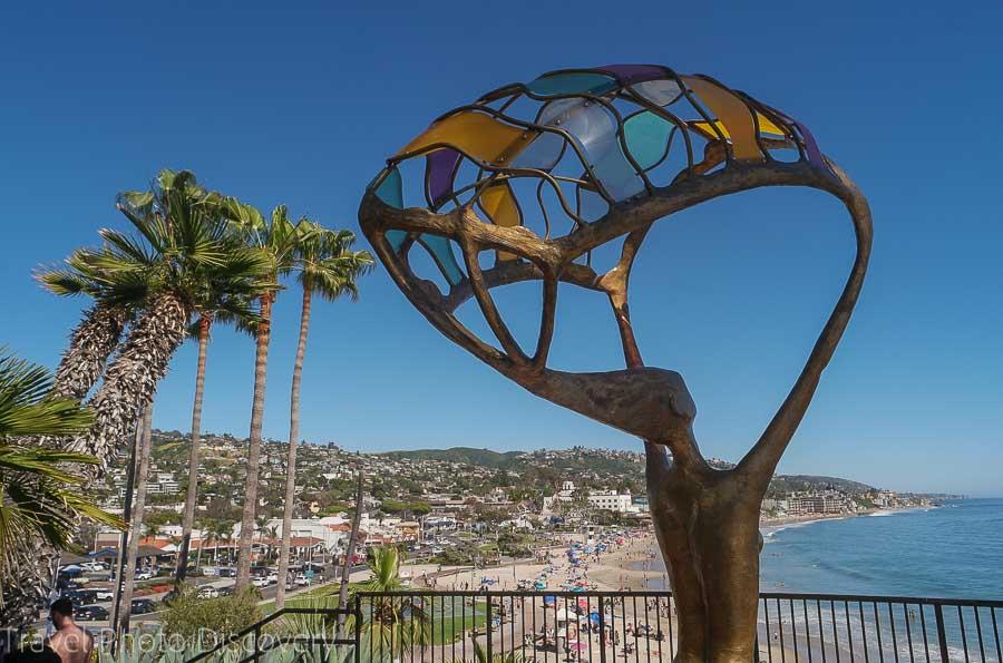 Exploring Laguna Beach views and sculpture