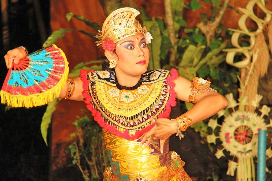 legong dance in Ubud