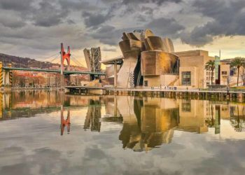 Visit Bilbao Spain in two days