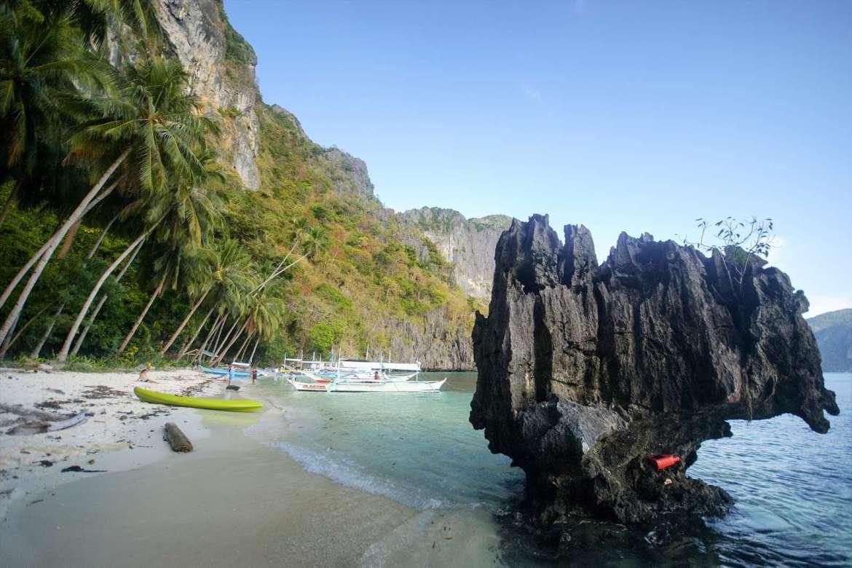 Pasandigan Beach, Cadlao Island, El Nido