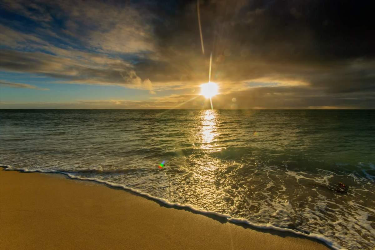 Sunrise in Cagbalete