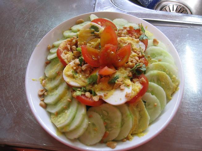 Luang Prabang Salad, Laos Food